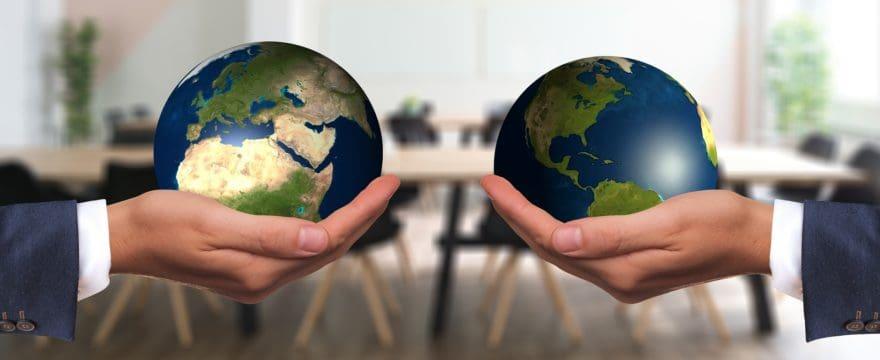 Interrogare e interrogarsi per conoscere mondi altri