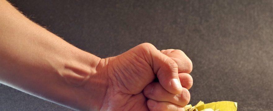 Reagire alle circostanze avverse è davvero utile?